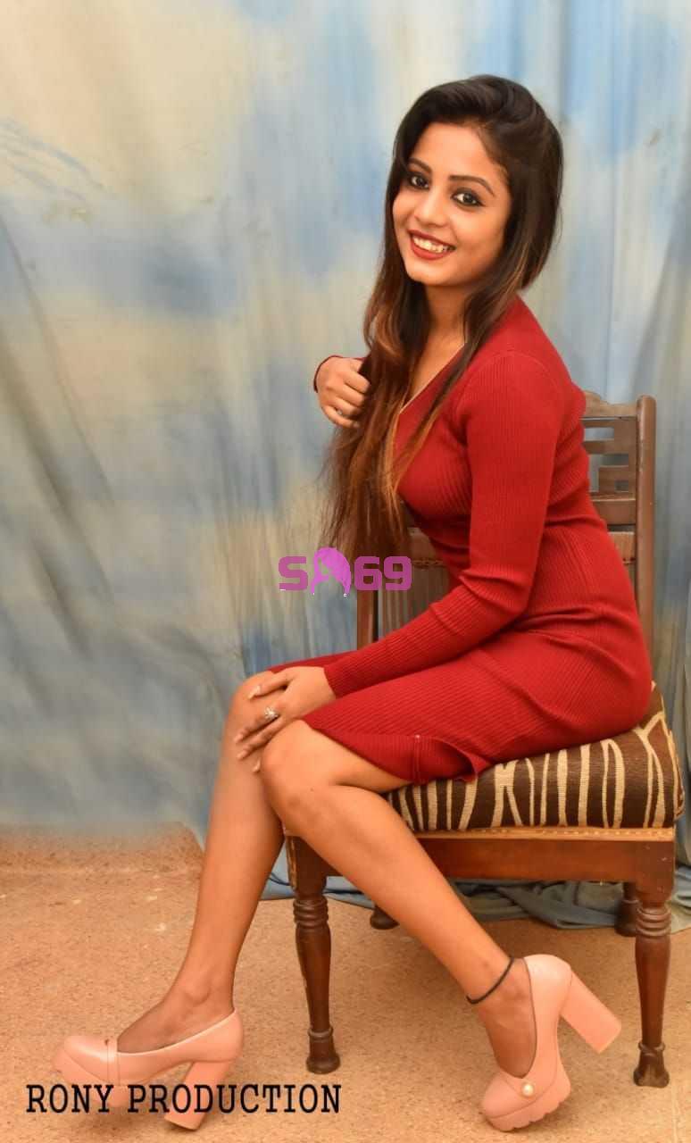Escort in Saket Sanaya Singh