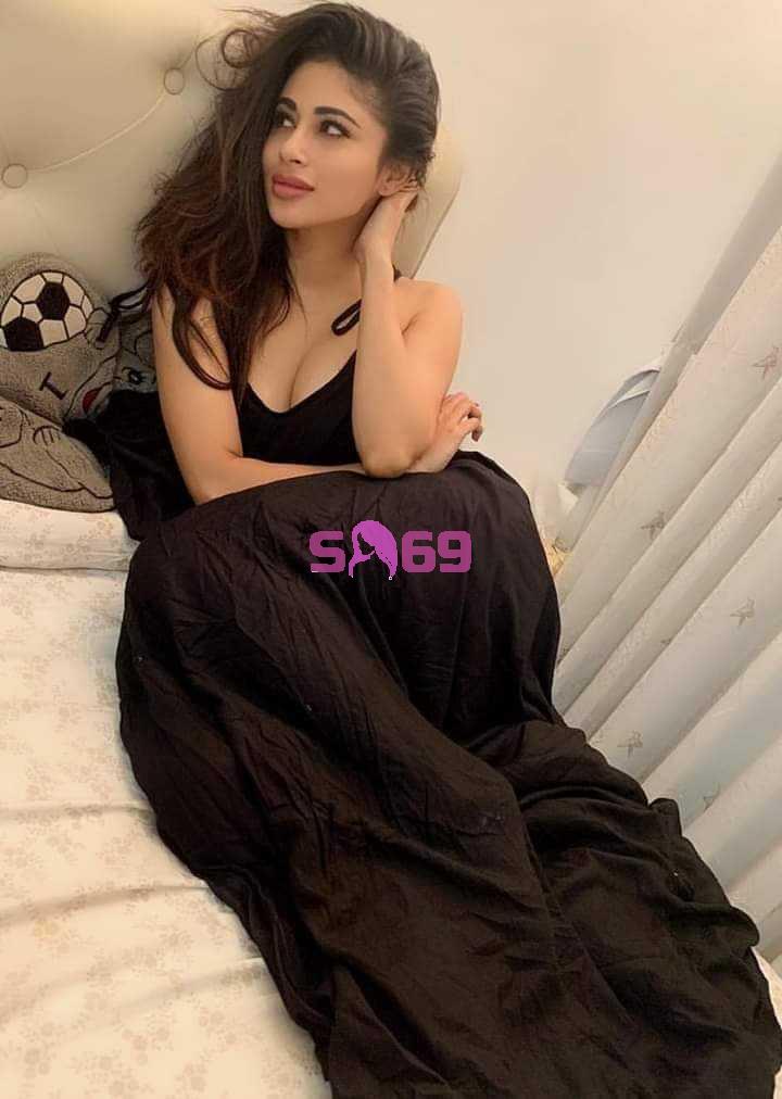 Natasha Escort
