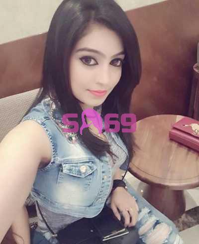 Pratyusha Ahooja-18290